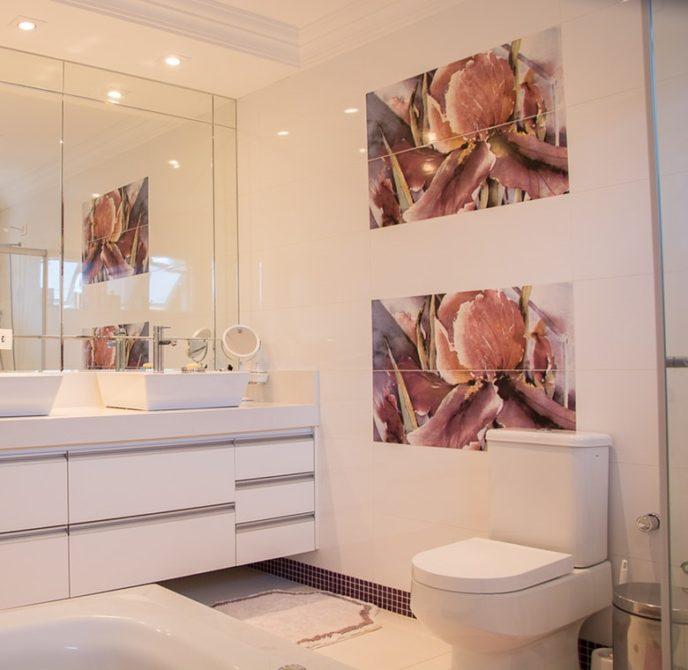 service-bathroom